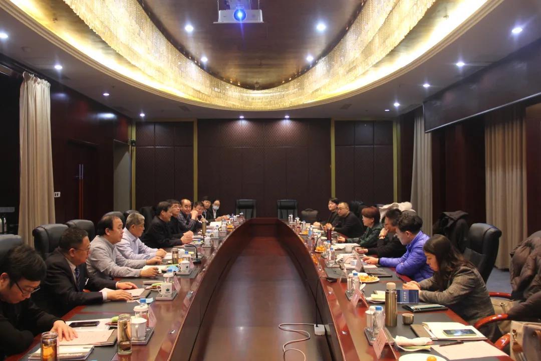我院院长王蠡与山能新矿集团公司总法律顾问刘玉果、华润太平洋一行进行座谈